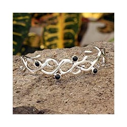 Sterling Silver 'Hope' Onyx Cuff Bracelet (Mexico)