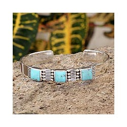 Handmade Sterling Silver Aztec Crown Oxidized Finish Turquoise Cuff Bracelet (Mexico) - Thumbnail 0