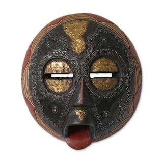 Handmade Sese Wood 'Caring Mother' African Mask (Ghana) - Black