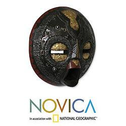 Handcrafted Sese Wood 'Sign of Protection' African Mask (Ghana) - Thumbnail 1