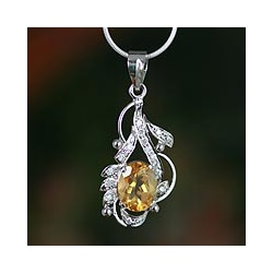Handmade Sterling Silver 'Jaipur Sun' Citrine Necklace (India)