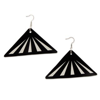 Handmade Recycled LP Vinyl Record 'Copacabana Melody' Dangle Earrings (Brazil)