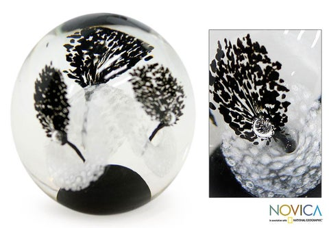 Glass Handmade '1000 Black Flowers' Paperweight (Brazil)