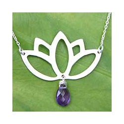 Sterling Silver 'Buddha Lotus' Amethyst Flower Necklace (Thailand)