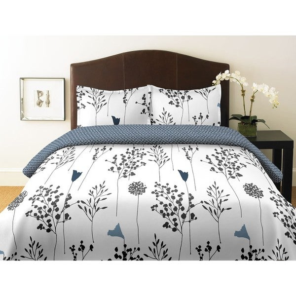 Perry Ellis Asian Lilly White Full/ Queen-size 3-piece Comforter Set