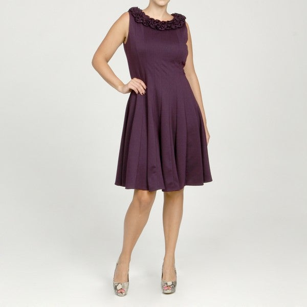 Jessica Howard Women's Plus Sleeveless Ruffle Neck Multi-seamed Pintuck Dress