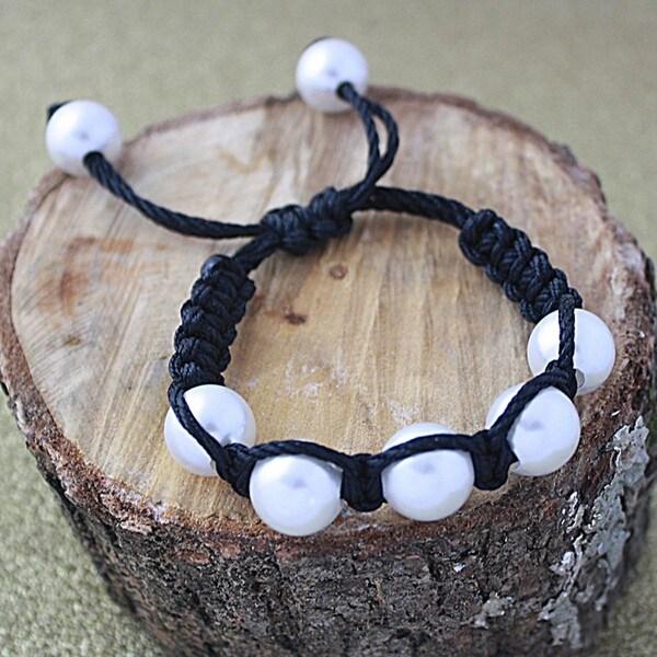 Black Macrame Cord White Shell Pearl Bracelet (14 mm) (USA)
