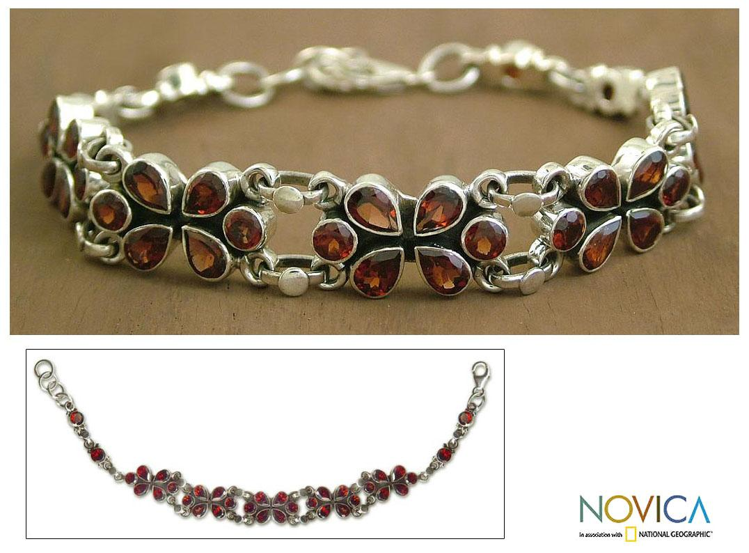 Sterling Silver Garnet 'Lucky in Love' Flower Bracelet (India)