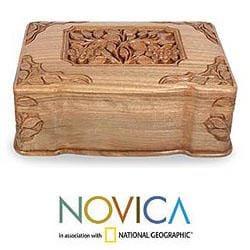 Handmade Walnut 'Eternal Attraction' Jewelry Box (India)
