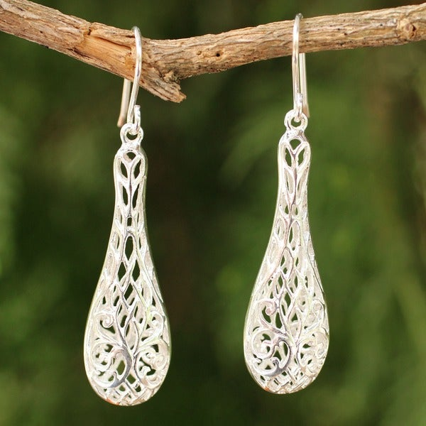Handmade Sterling Silver 'Thai Lace' Dangle Earrings (Thailand)