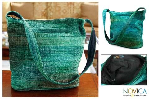 Handmade Rayon from Bamboo Chenille 'Jade Magic' Medium Shoulder Bag (Guatemala)