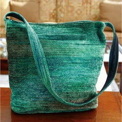 Handmade Rayon from Bamboo Chenille 'Jade Magic' Medium Shoulder Bag (Guatemala)
