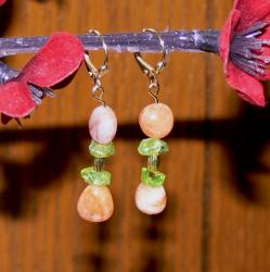 Susen Foster Silverplated Castle Rock Summer Agate/ Peridot Earrings