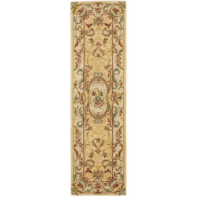Safavieh Handmade Light Gold/ Beige Hand-spun Wool Rug (2'3 x 8')