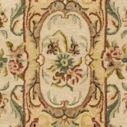 Safavieh Handmade Light Gold/ Beige Hand-spun Wool Rug (2'3 x 8') - Thumbnail 2