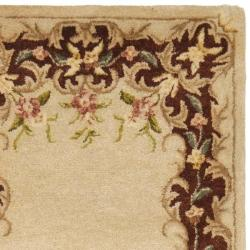 Safavieh Handmade French Bouquet Ivory/ Rust Hand-spun Wool Rug (2'3 x 8') - Thumbnail 1