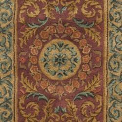 Safavieh Handmade Aubusson Bonnelles Red/ Beige Wool Rug (2'6 x 8') - Thumbnail 2