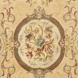 Safavieh Handmade Light Gold/ Beige Hand-spun Wool Rug (9' x 12') - Thumbnail 2