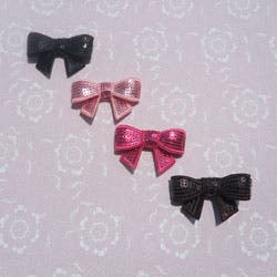 Sequin Bows (Set of 4)|https://ak1.ostkcdn.com/images/products/6136449/Sequin-Bows-Set-of-4-P13797870.jpg?impolicy=medium