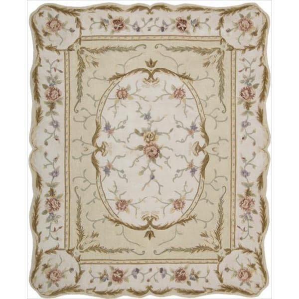 Nourison Hand-Tufted Traditional Ivory Floral Overland Street Rug with Scalloped Edges (7'3 x 9'3)