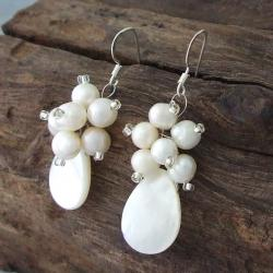 Mother of Pearl and Pearl Floral Vines Jewelry Set (3-10 mm) (Thailand) - Thumbnail 1
