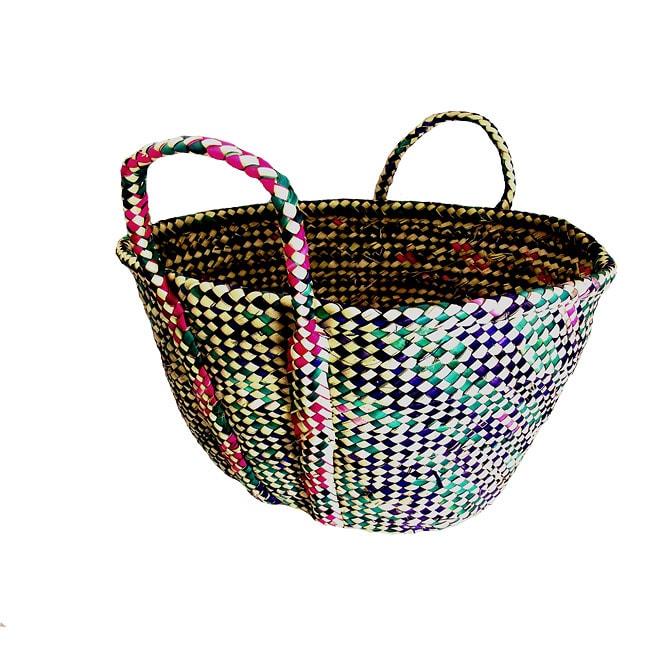 Hand-woven Raffia Basket (Ethiopia)