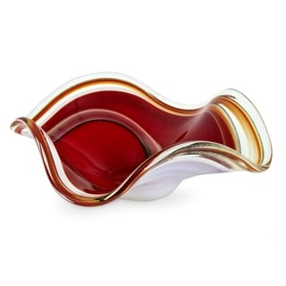 Handmade Eloquence Glass Red with White Centerpiece (Brazil)
