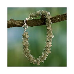 Sterling Silver 'Mysterious Song' Labradorite Beaded Bracelet (India)