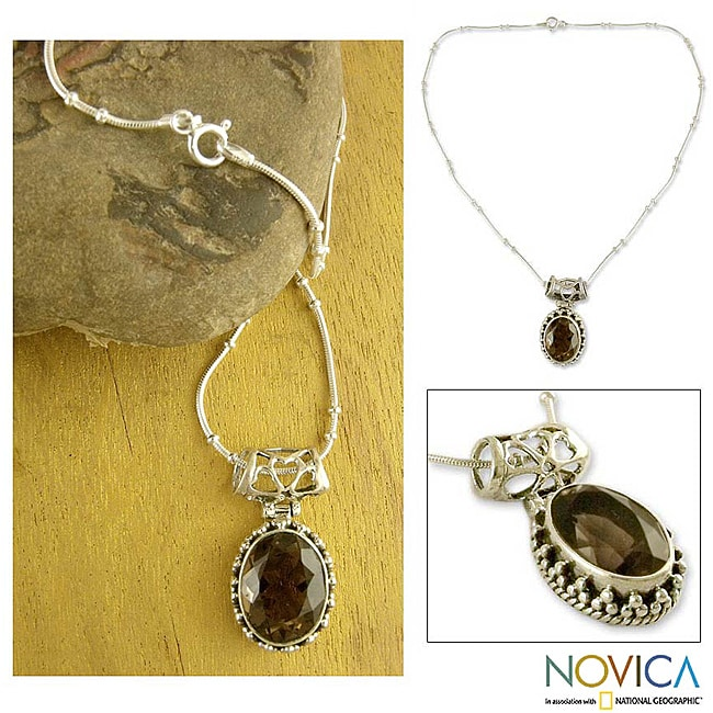 Handmade Sterling Silver Elegant Mystique Smoky Quartz Snack Chain Style Necklace (India)
