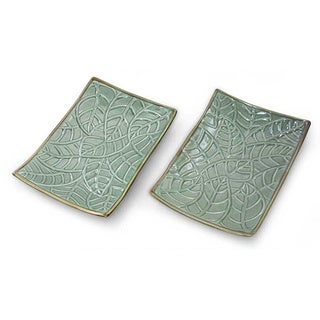 Set of 2 Handmade Ceramic 'Betel Leaf' Plates (Indonesia)
