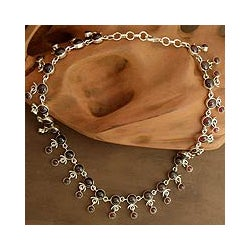 Handmade Sterling Silver 'Gratitude' Garnet Necklace (India)
