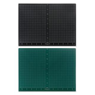 Pacific Arc 18-inch x 24-inch Green/ Black Cutting Mat