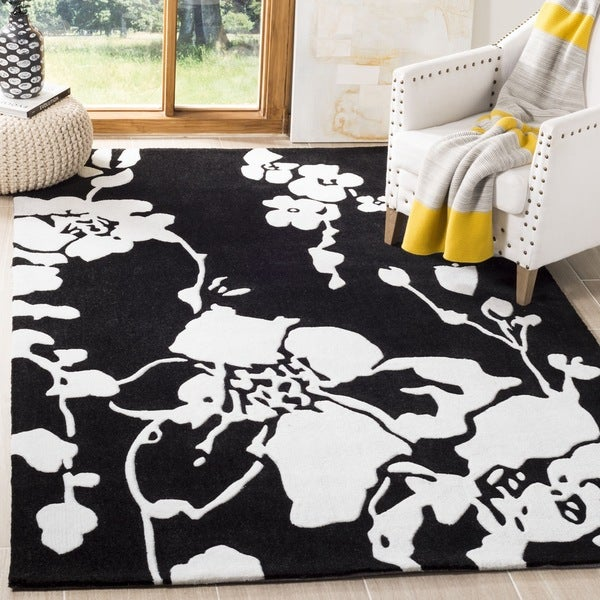 Safavieh Handmade Modern Art Midnight Black/ Ivory Polyester Rug (7' Square)