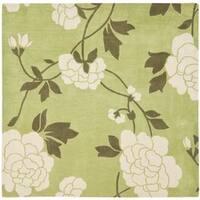 Safavieh Handmade Modern Art Harmony Floral Green/ Ivory Polyester Rug (7' Square) - 7' x 7'