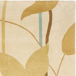 Safavieh Handmade New Zealand Wool Gardens Beige Rug (7'6 x 9'6) - Thumbnail 1