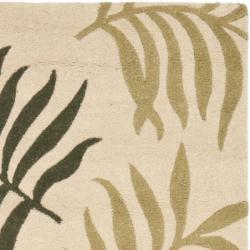 Safavieh Handmade New Zealand Wool Ferns Beige Rug (2'6 x 8') - Thumbnail 1