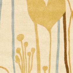 Safavieh Handmade New Zealand Wool Gardens Beige Rug (2'6 x 8')