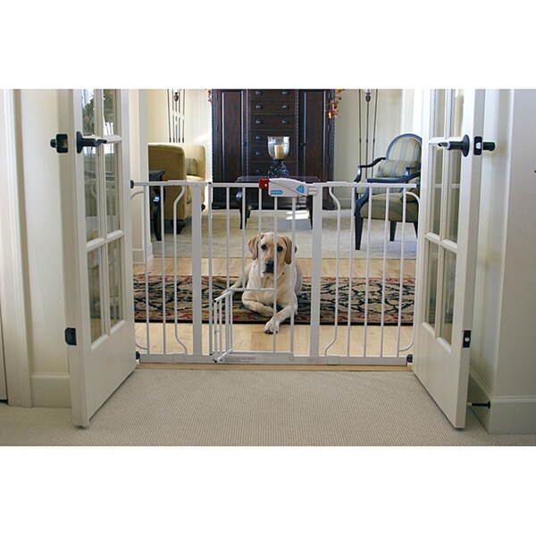 Carlson Super Wide Walk Through Pet Gate 13814619