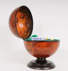 Old Modern Handicrafts Globe Poker Set - Thumbnail 2