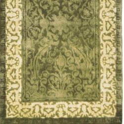 Safavieh Handmade Silk Road Green/ Ivory New Zealand Wool Rug (2'6 x 10') - Thumbnail 1