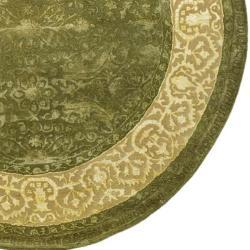 Safavieh Handmade Silk Road Green/ Ivory New Zealand Wool Rug (3'6 Round) - Thumbnail 1