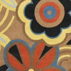 Safavieh Handmade Flower Power Brown New Zealand Wool Rug (5'x 8') - Thumbnail 2