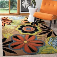 Safavieh Handmade Flower Power Brown New Zealand Wool Rug - 5' x 8'
