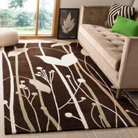 Safavieh Handmade Gardens Dark Brown New Zealand Wool Rug - 5' x 8'