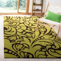 Safavieh Handmade Flow Green New Zealand Wool Rug - 5' x 8'