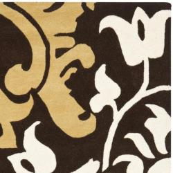 Safavieh Handmade Silhouettes Brown Intricate Floral New Zealand Wool Rug (7'6 x 9'6) - Thumbnail 1