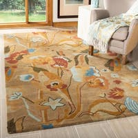 Safavieh Handmade Soho Flora Beige New Zealand Wool Rug - 5' X 8'