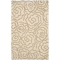 Safavieh Handmade Soho Roses Beige New Zealand Wool Rug - 7'6 x 9'6