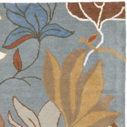 Safavieh Handmade Soho Lakeside Blue New Zealand Wool Rug (7'6 x 9'6) - Thumbnail 1