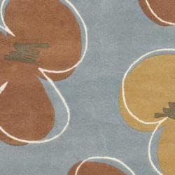 Safavieh Handmade Soho Daisies Blue New Zealand Wool Rug (7'6 x 9'6) - Thumbnail 2